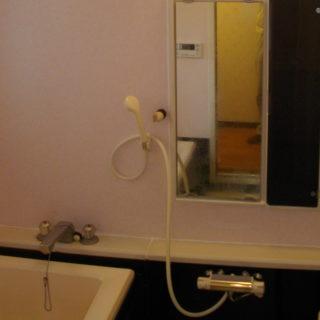 Y様邸 浴室内パネル貼り(壁・床)